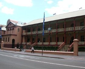 Parliament House - Attractions
